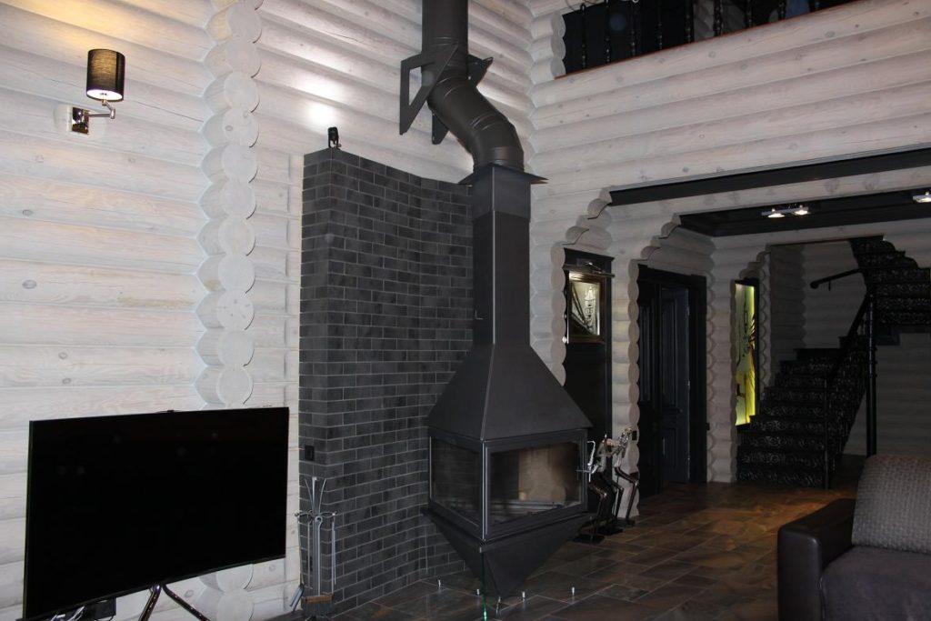 Фото гостиной дома из сруба