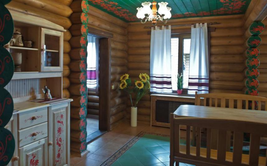 гостиница из бревен