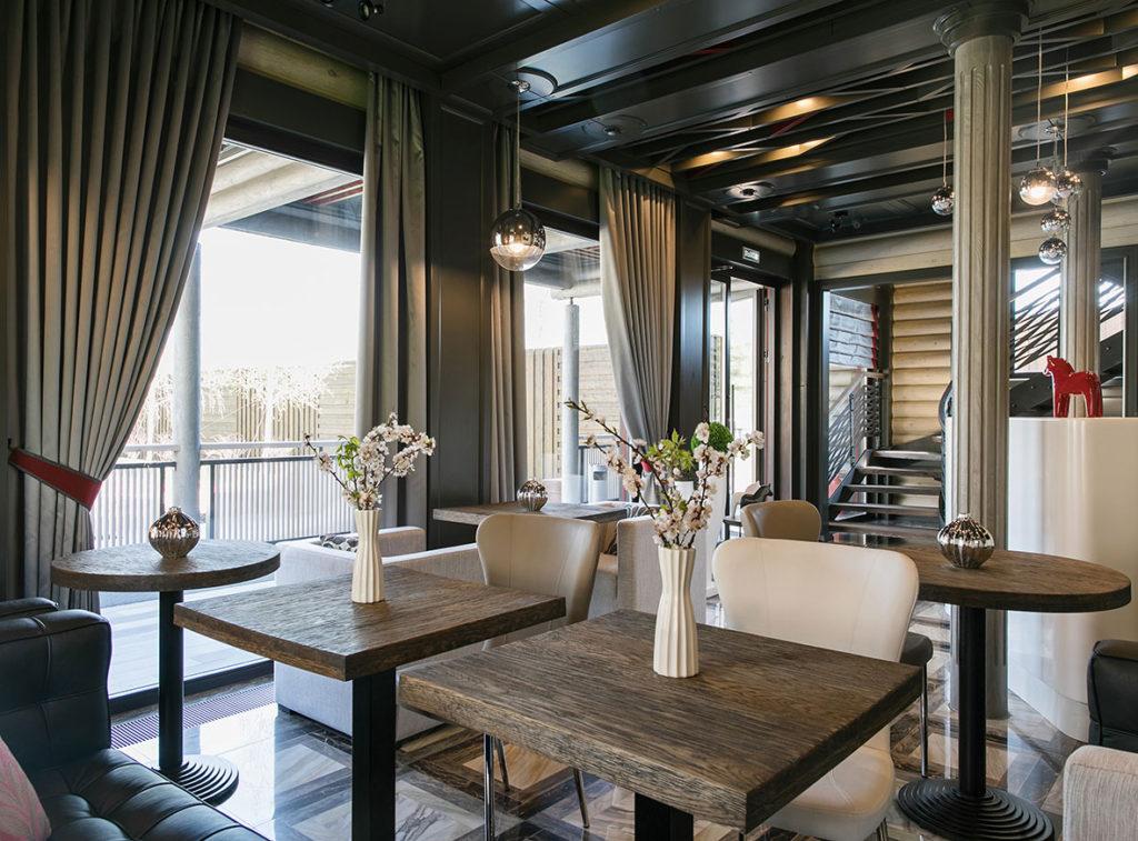 Красивые деревянные евро окна
