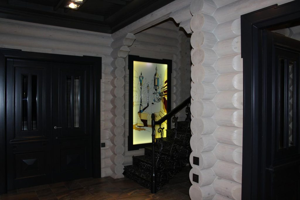 Деревянные двери в Ростове