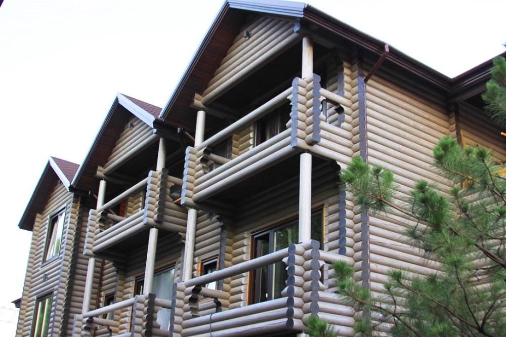 построить деревенский дом из бревен