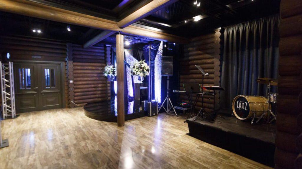 Большой зал в загородном клубе