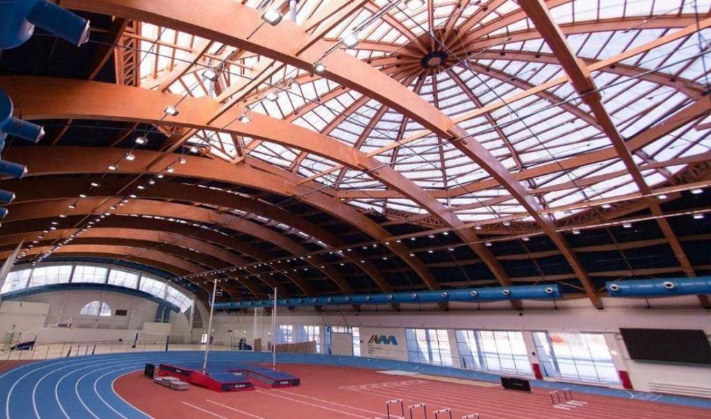 Арочные ангары, спортивные комплексы на основе деревянных ферм