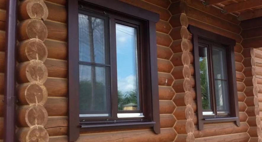 Окна из дерева в деревянных домах из сруба