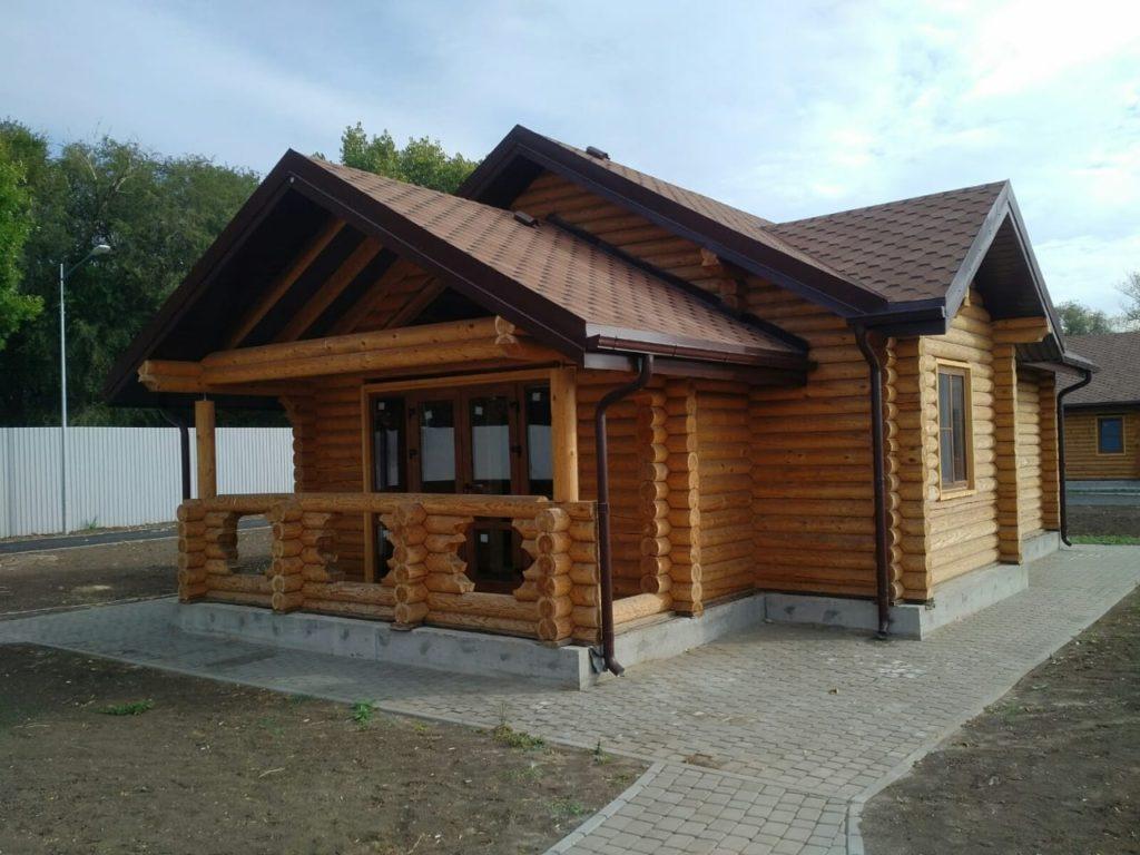 Типовой дом из кругляка для постоянного проживания