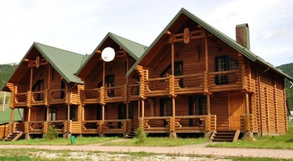 Деревяеные отели в Сочи в Красной Поляне