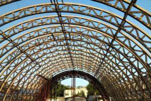 Арочные спортивные комплексы, деревянные фермы